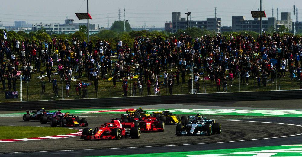 De start van de Grand Prix in beeld