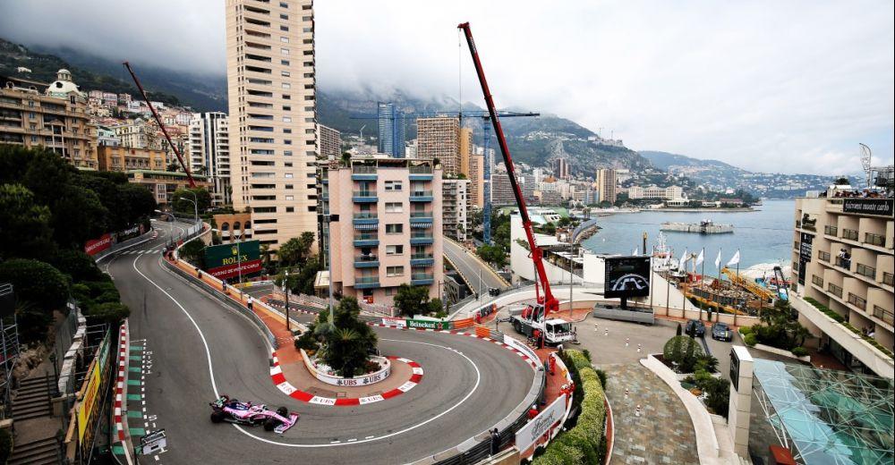 Sergio Perez door de hairpin