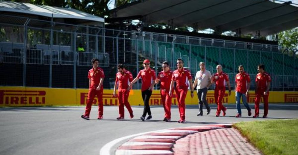 Leclerc and the team out for a stroll