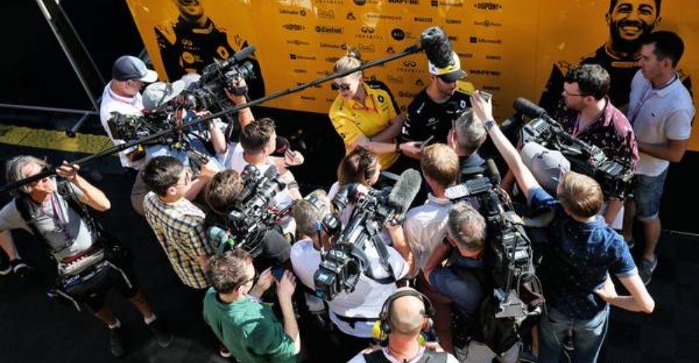 Daniel Ricciardo swamped after Friday in France