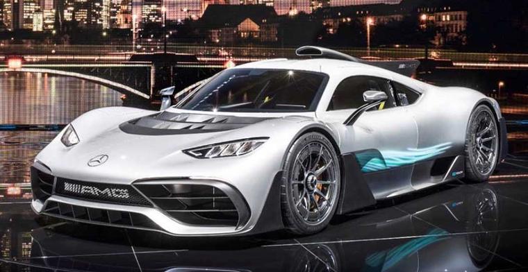 Hamilton koopt Mercedes Project One Hypercar voor zijn vader