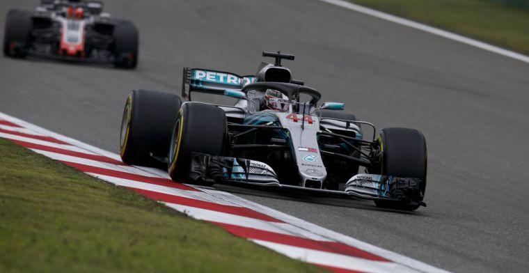 Hamilton: 'We zijn op dit moment het tweede of derde team'