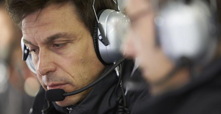 Mercedes haalt keihard uit naar Red Bull