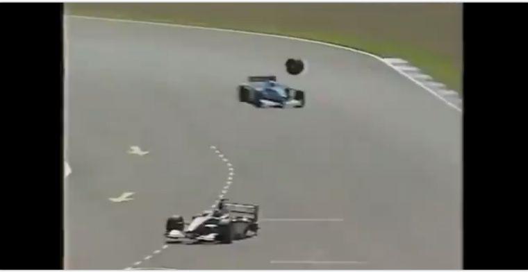 Billen knijpen met de gehele grid en kijkerswereld toen Hakkinen een wiel verloor!