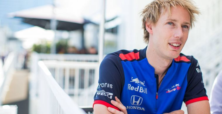 Hartley doing everything he can to stay at Toro Rosso