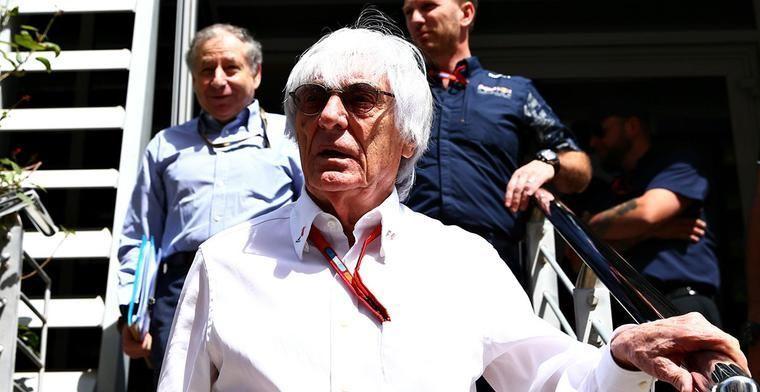Ecclestone: Max Verstappen kan voorlopig niet naar Mercedes of Ferrari
