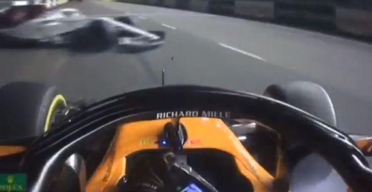Fernando Alonso ontwijkt de spinnende bolide van Marcus Ericsson