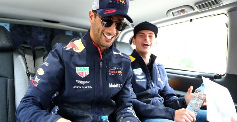 Max Verstappen kijkt af bij Daniel Ricciardo: Dat zorgde voor een toffe sfeer