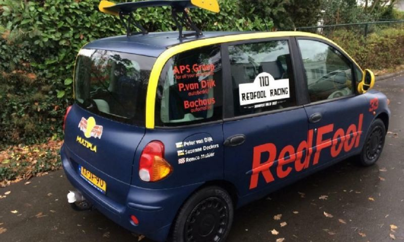 Afbeelding: Management Verstappen vraagt om verwijdering ''Red Fool'' advertentie