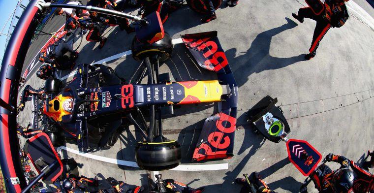 Red Bull domineert de pitstops, terwijl Ferrari en Mercedes niet kunnen aanhaken