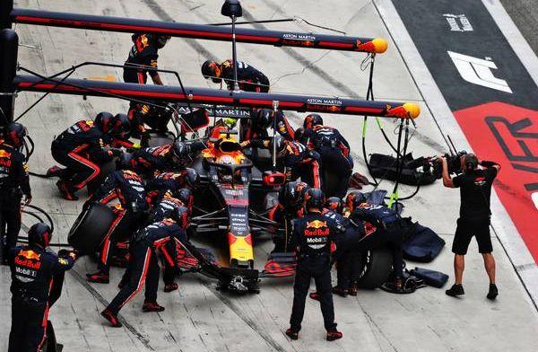 Red Bull domineert in de pitstops door een wijziging in het technische reglement