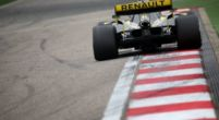 Image: Renault prepared to take risks to beat top F1 teams