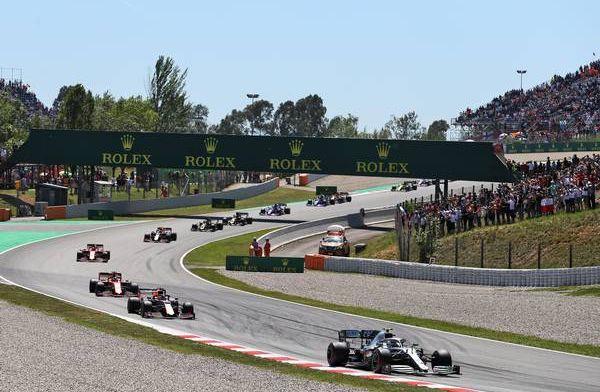 Samenvatting Grand Prix Spanje: Mercedes zet recordreeks voort, Verstappen knap P3