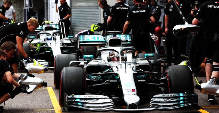 Hamilton en Ferrari op de bon voor te hard rijden in pitstraat