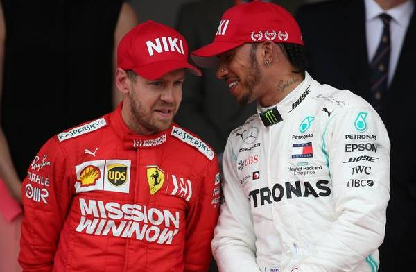 Sebastian Vettel over incident Max en Lewis: ''Ik dacht even aan de winst''