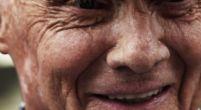Afbeelding: KIJKEN: Mercedes herinnert overleden Niki Lauda