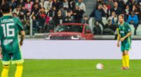 Afbeelding: Leclerc trapt balletje met Ronaldo voor het goede doel