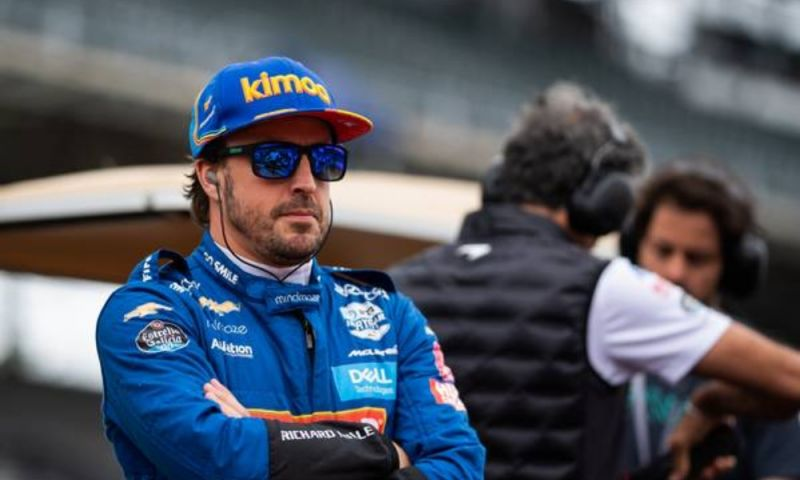 Afbeelding: Alonso being lined up to replace Vettel at Ferrari