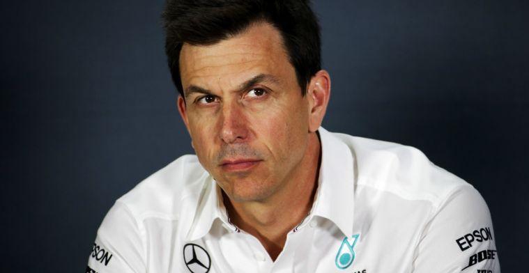 Toto Wolff is het oneens met Vettel's kritiek op de tijdstraf
