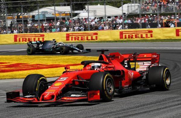 ''Als Hamilton en Vettel samen zijn, dan bezwijkt Vettel altijd onder de druk''