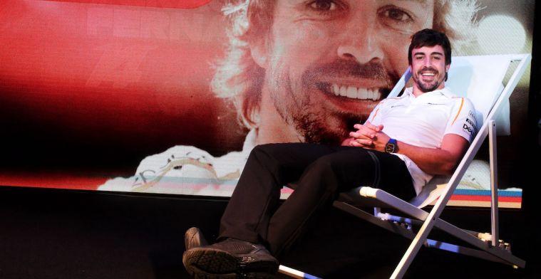 GERUCHT: Keert Fernando Alonso terug in de F1 bij Mercedes of Ferrari?