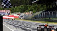 """Afbeelding: Max Verstappen: """"Dit is toch beter dan een doodsaaie race of niet?"""""""