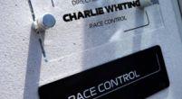 Afbeelding: Whiting geeft het startsignaal tijdens de Grand Prix op Silverstone