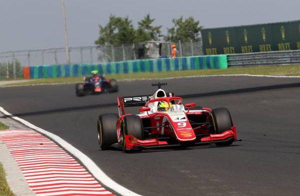 Mick Schumacher wint voor het eerst in de Formule 2!