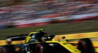Afbeelding: Jack Aitken bloedsnel in zijn Renault over het TT-circuit van Assen