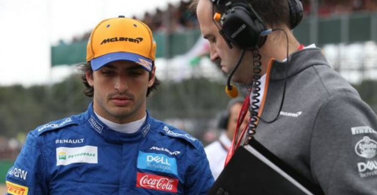 Carlos Sainz insists he isn't in the shadow of Fernando Alonso