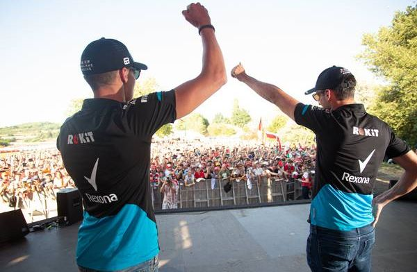 """Robert Kubica:  Polish fans support George Russell with """"open arms"""""""