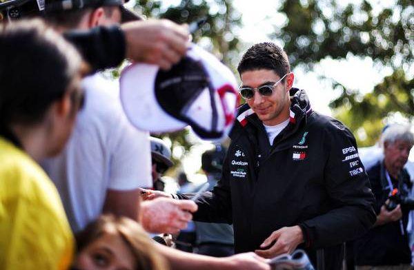 Ocon vastberaden én gewaarschuwd bij rentree: Doel is om Ricciardo te verslaan