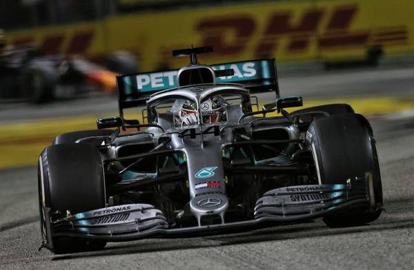 Hamilton speculeert over strategisch spelletje van Ferrari