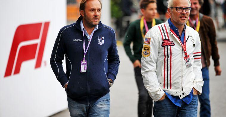 """Villeneuve over Hamilton en Schumacher: """"Ze reden altijd in de beste auto"""""""