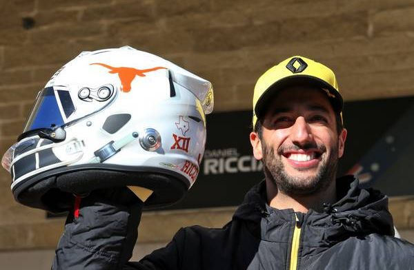 Check out all the drivers' special helmets for the US Grand Prix!