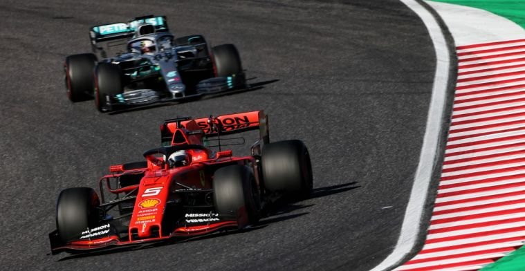 Vettel verdedigt huidige Formule 1 auto's na kritiek van Brawn