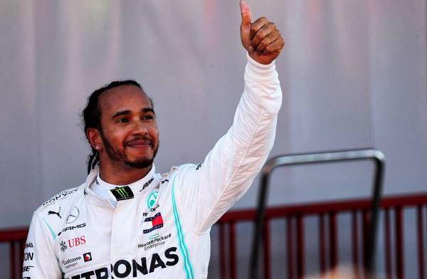 Jolyon Palmer says Lewis Hamilton has the mentality of a champion