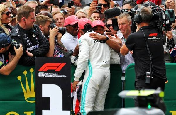 Anthony Hamilton pushing son Lewis to race for another five or six years in F1