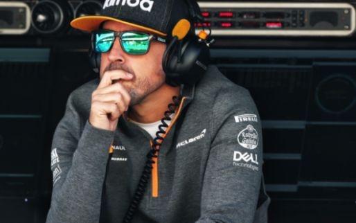 Verstappen plaatst wereldtitels Hamilton in perspectief: 'Alonso had ook gewonnen'