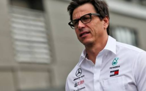 Hamilton wants clarification on Wolff future before new contract