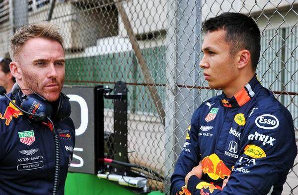 Albon baalt dat Hamilton niet geduldiger was: Lewis had mij toch wel ingehaald
