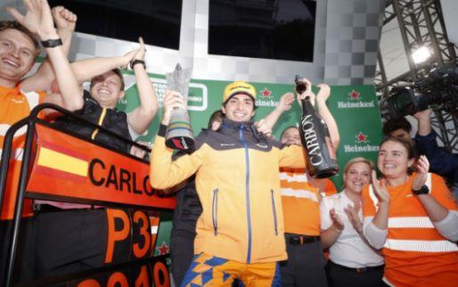 'Extreem blije' Sainz alsnog naar het podium - GPblog.com Nederland