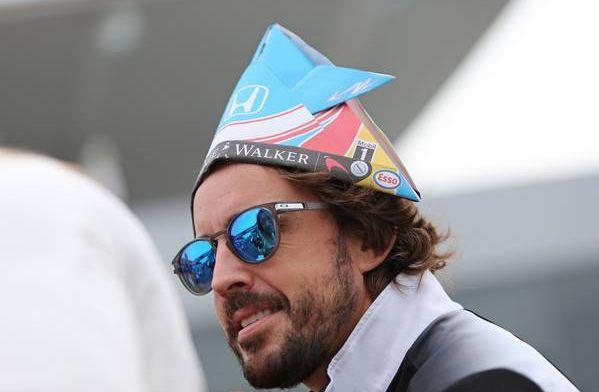 """Verstappen toont wederzijds respect: """"Alonso één van beste coureurs"""""""