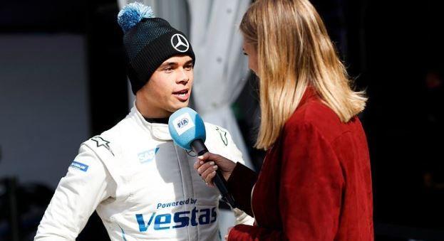 De Vries en Mercedes imponeren bij Formule E-kwalificatie debuut
