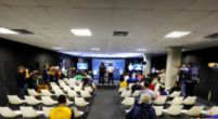 Afbeelding: Dubbele persconferentie in Abu Dhabi: Top en middenmoot gescheiden