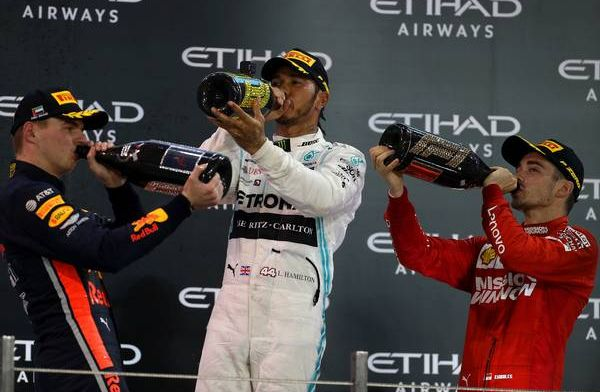 "Lewis Hamilton: ""Everyone is trying to leave their team"" to join Mercedes"