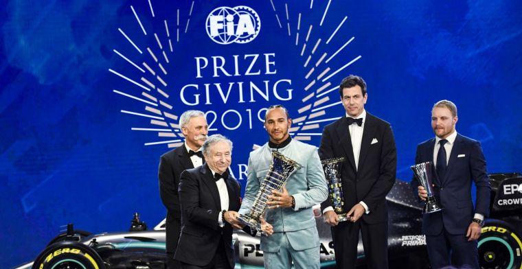 Wolff draagt prijs op aan volledige Mercedes-team: Ik ben zo ontzettend trots