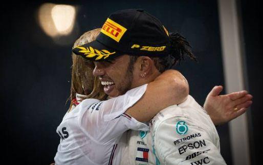 Hamilton laat niks aan het toeval over: Brit extra vroeg in Spanje aangekomen