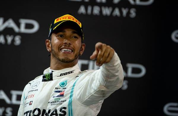 Gaat het dan toch gebeuren?: ''Ferrari-topman bevestigt gesprek met Hamilton''