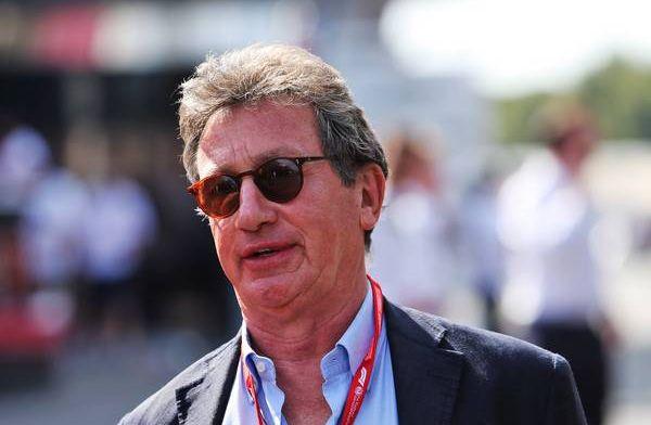 Ferrari-topman kraakt Verstappen af: ''We luisteren niet naar een 22-jarige''